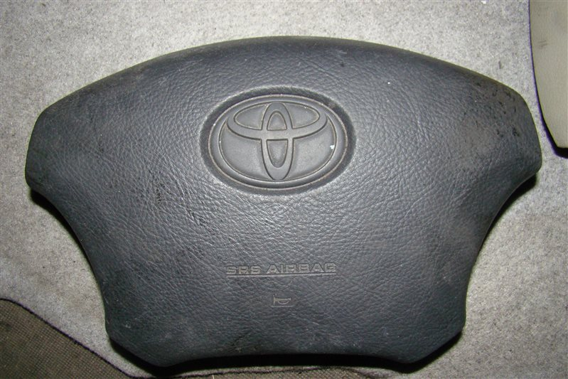 Airbag на руль Toyota Hiace KDH205 (б/у)