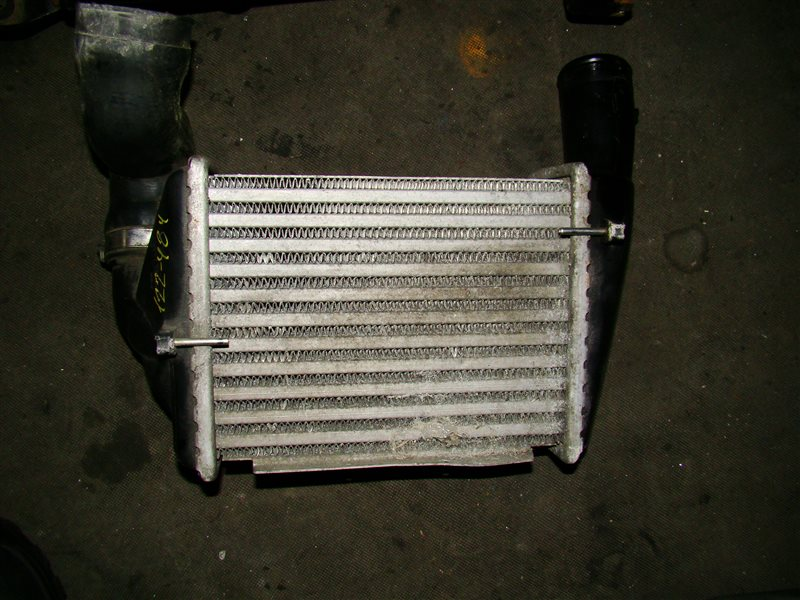 Интеркуллер Audi A4 2AZFE (б/у)