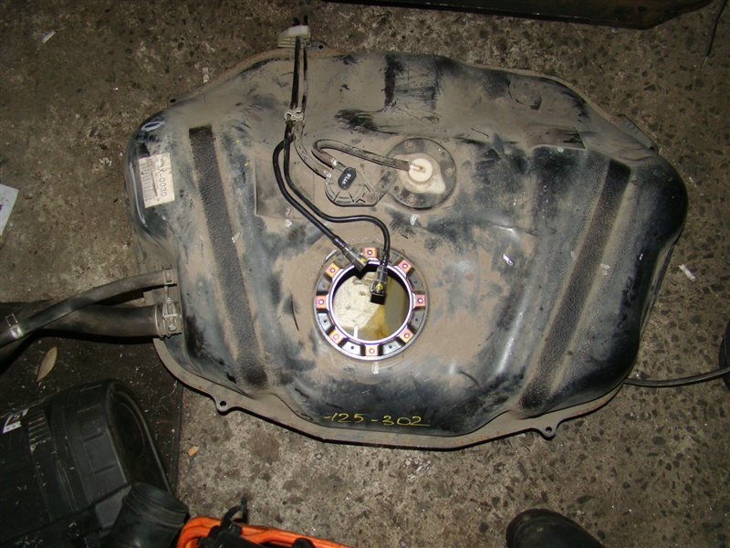 Бензобак Honda Avancier TA1 F23A (б/у)