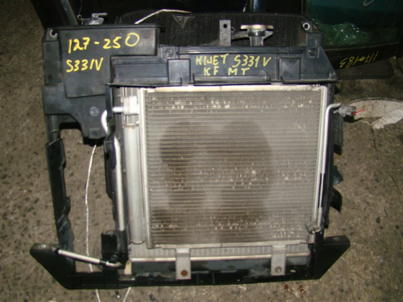 Радиатор охлаждения Daihatsu Hijet S331V KF (б/у)