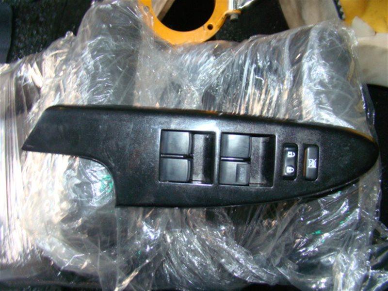 Блок управления стеклами Toyota Ist NCP60 передний правый (б/у)