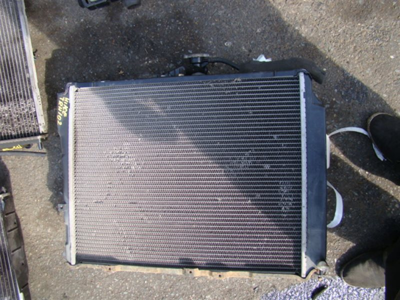 Радиатор охлаждения Toyota Hiace TRH102 1TRFE (б/у)