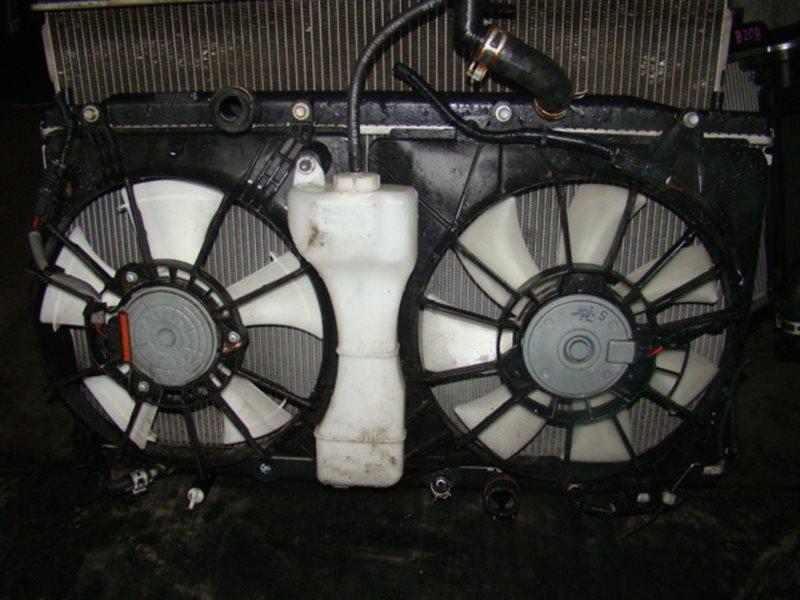 Радиатор охлаждения Nissan Bassara JTU30 QR25 (б/у)