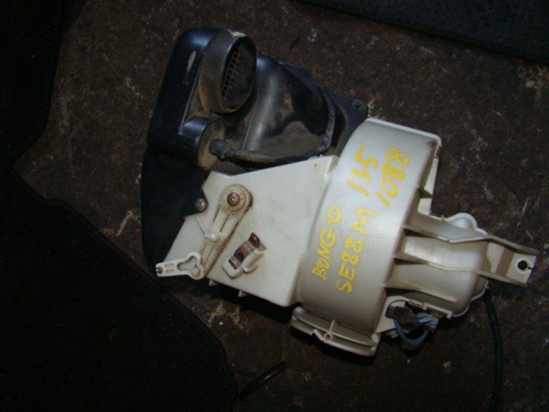 Мотор печки Mazda Bongo SE88M (б/у)