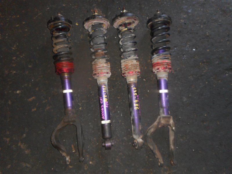 Стойка Honda Accord CF4 (б/у)