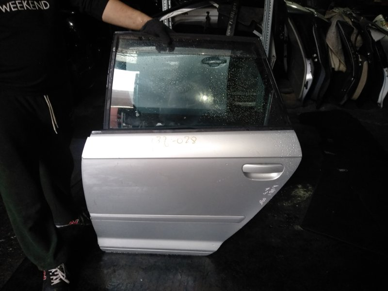 Дверь Audi A3 8PA задняя левая (б/у)