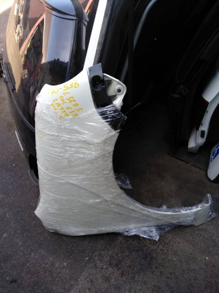 Крыло Daihatsu Move Latte L560S переднее правое (б/у)