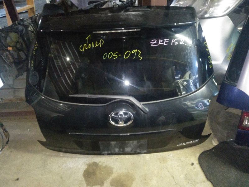 Дверь 5-я Toyota Auris ZRE152 задняя (б/у)