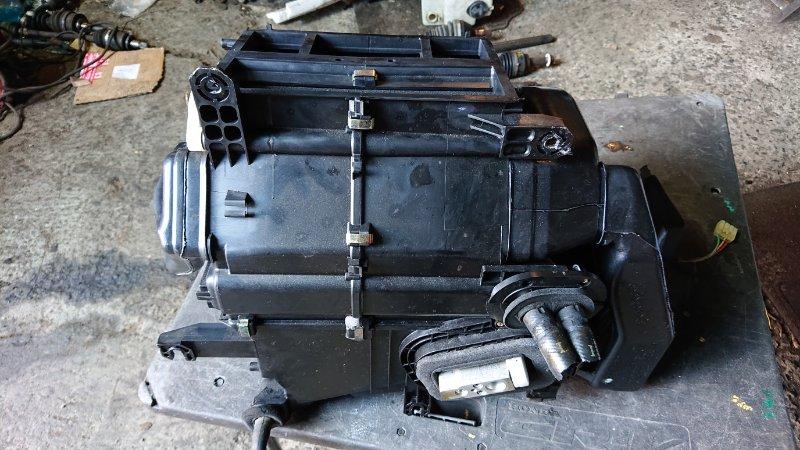 Печка Mitsubishi Lancer Cedia CS5A передняя (б/у)