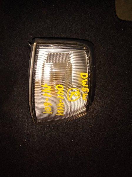 Габарит Mazda Demio DW5W передний правый (б/у)