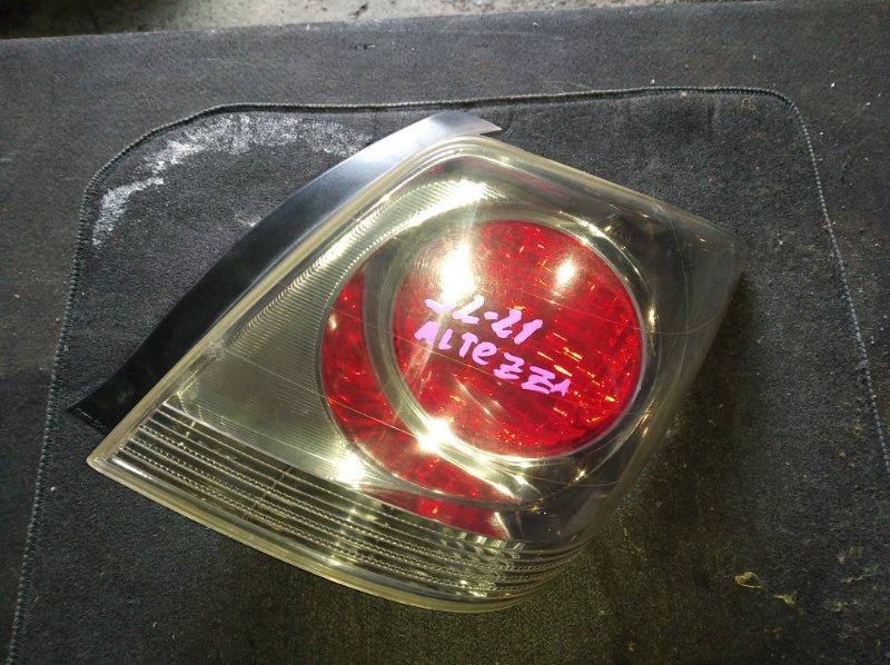 Стоп-сигнал Toyota Altezza Gita JCE15 задний правый (б/у)