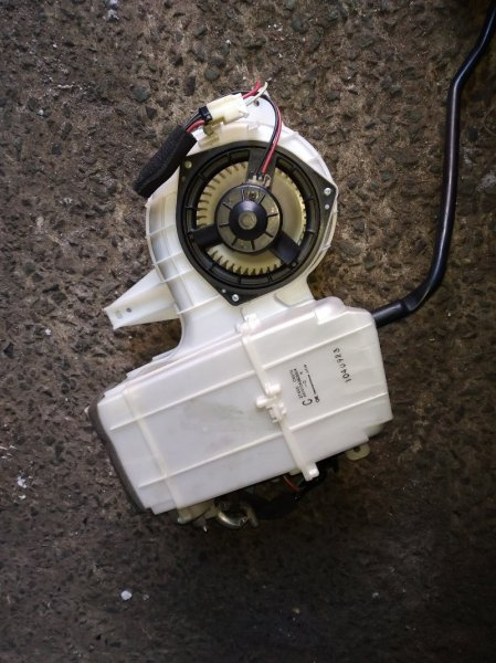Мотор печки Nissan Presage TNU31 задний (б/у)