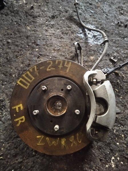 Ступица Toyota Voxy ZWR80 передняя правая (б/у)