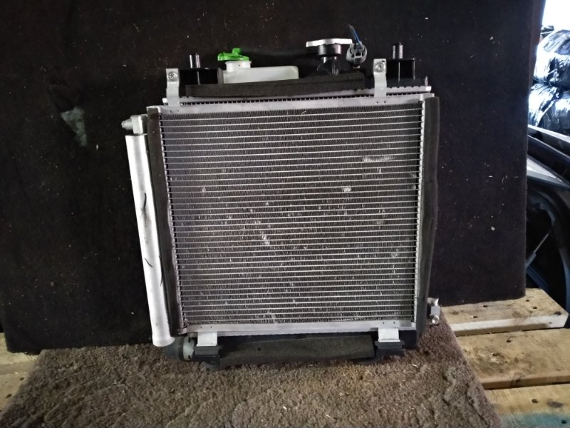 Радиатор охлаждения Suzuki Wagon R MH44S R06A (б/у)