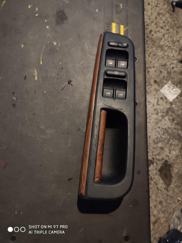 Блок управления стеклами Volkswagen Bora WVWZZZ1JZ3W181233 передний правый (б/у)