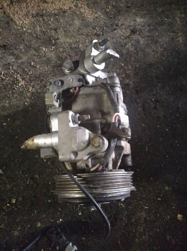 Компрессор кондиционера Honda N-Box JF2 S07A (б/у)