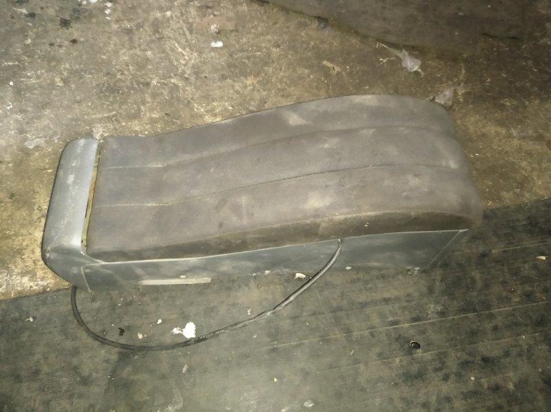 Бардачок между сиденьями Nissan Cube Z11 (б/у)