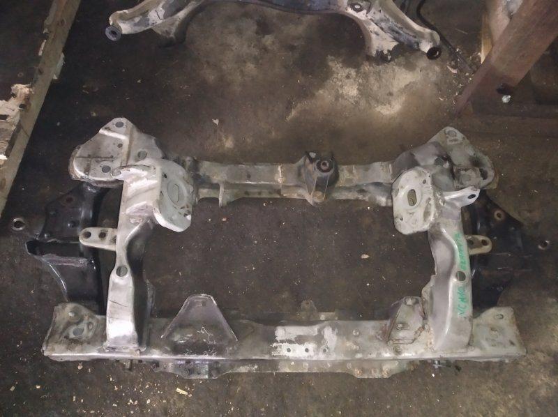 Балка под двс Toyota Granvia VCH16 5VZ передняя (б/у)