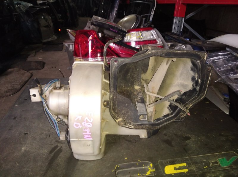 Мотор печки Mazda Bongo SE28MN R2 (б/у)