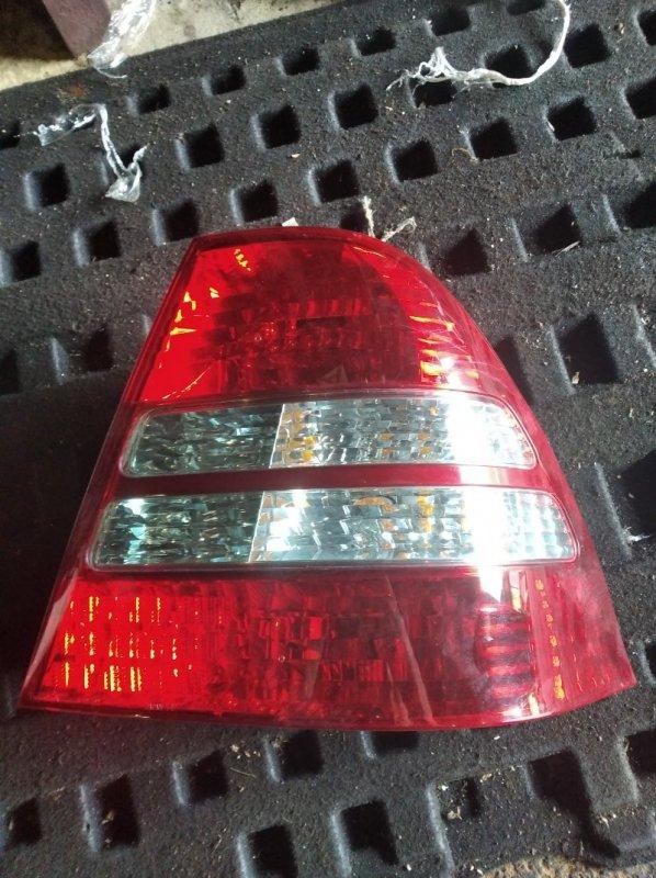 Стоп-сигнал Toyota Corolla NZE121 задний правый (б/у)