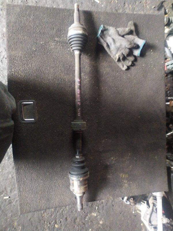 Привод Toyota Isis ZNM10 1ZZFE передний правый (б/у)