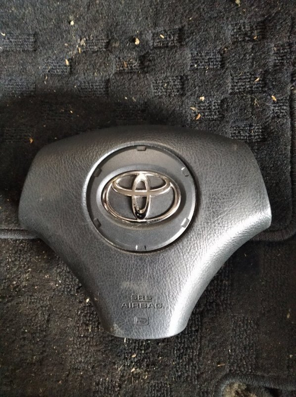 Airbag на руль Toyota Premio ZZT240 (б/у)