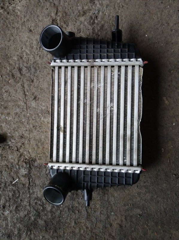 Интеркуллер Nissan Note E12 HR12DDR (б/у)
