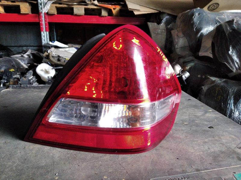 Стоп-сигнал Nissan Tiida C11 HR15DE задний правый (б/у)
