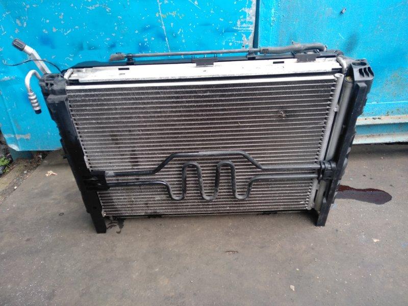 Радиатор охлаждения Bmw 1 Series WBAUE1207PC78567 (б/у)