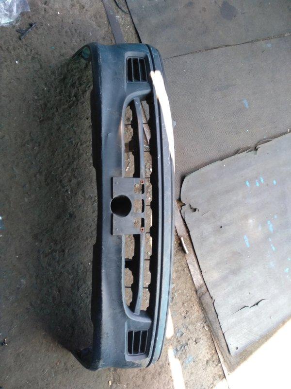 Бампер Toyota Hiace KZH110 передний (б/у)