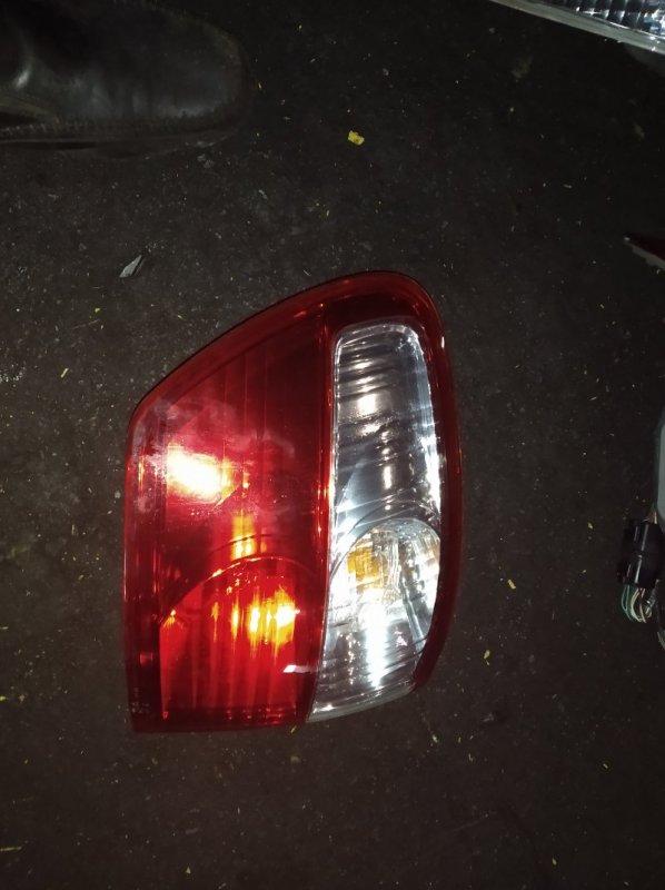 Стоп-сигнал Toyota Ipsum ACM26 задний левый (б/у)