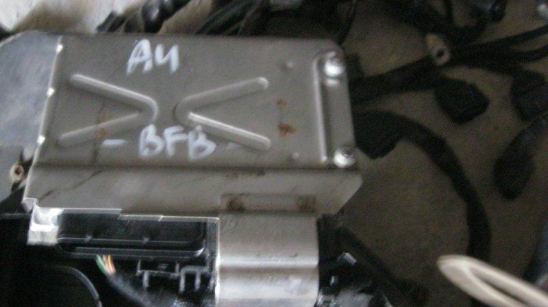 Блок управления двс Audi A4 8EC BFB (б/у)