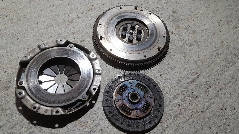 Маховик Mazda Demio DY5W.DY3W (б/у)