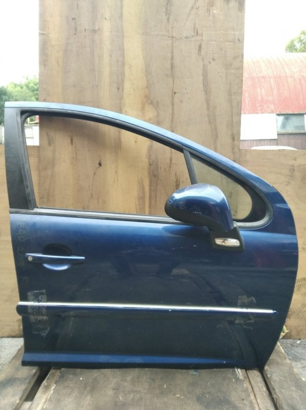 Дверь Peugeot 207 передняя правая (б/у)