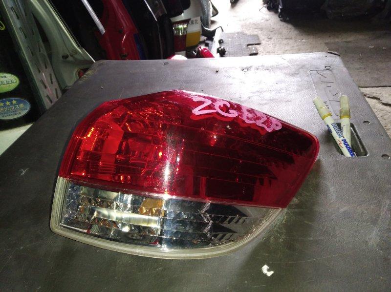 Стоп-сигнал Toyota Wish ZGE20 задний правый (б/у)