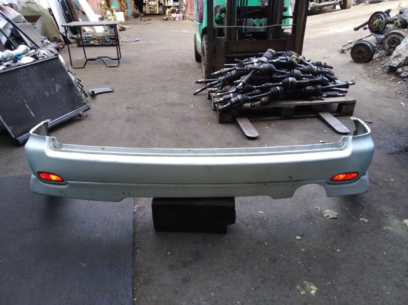 Бампер Nissan Wingroad WFY11 задний (б/у)