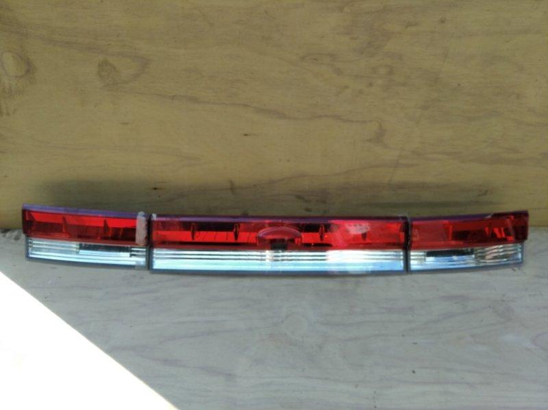 Стоп-вставка Mitsubishi Delica CV5W задняя (б/у)