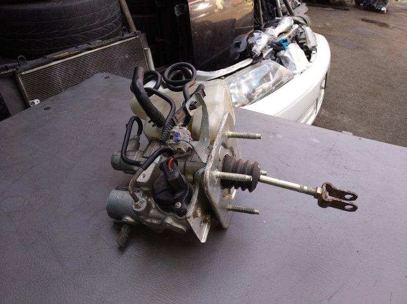 Главный тормозной цилиндр Toyota Crown Majesta UZS186 3UZ (б/у)