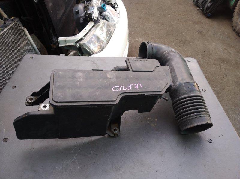 Патрубок воздушн.фильтра Toyota Celsior UCF20 1UZ (б/у)