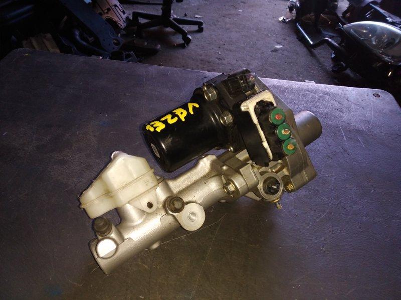 Главный тормозной цилиндр Honda Vezel RU3 (б/у)
