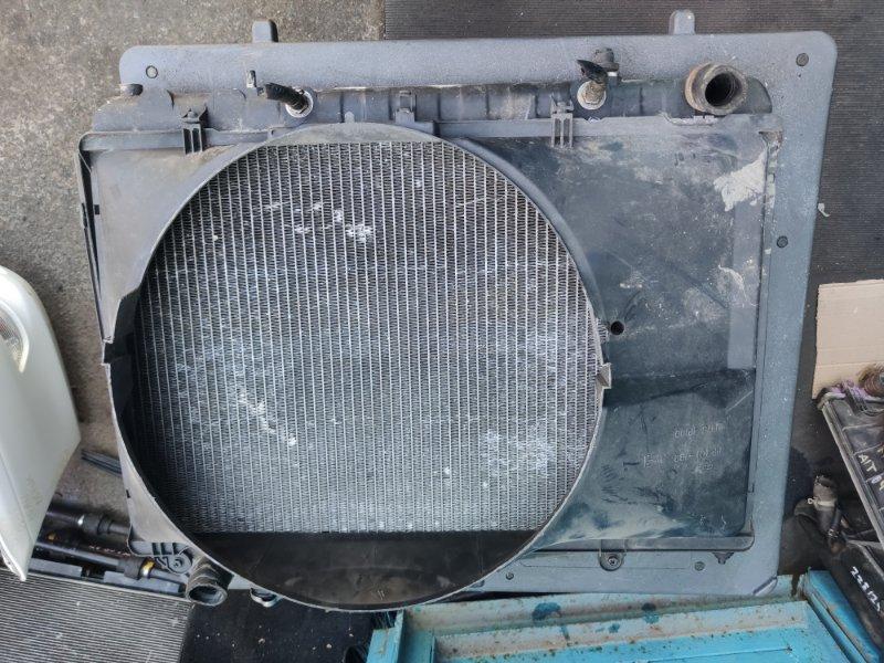Радиатор охлаждения Nissan Cedric Y33 VQ25 (б/у)