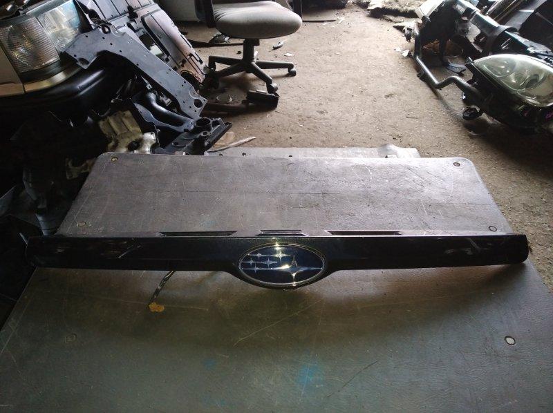 Накладка 5-й двери Subaru Impreza GP3 (б/у)