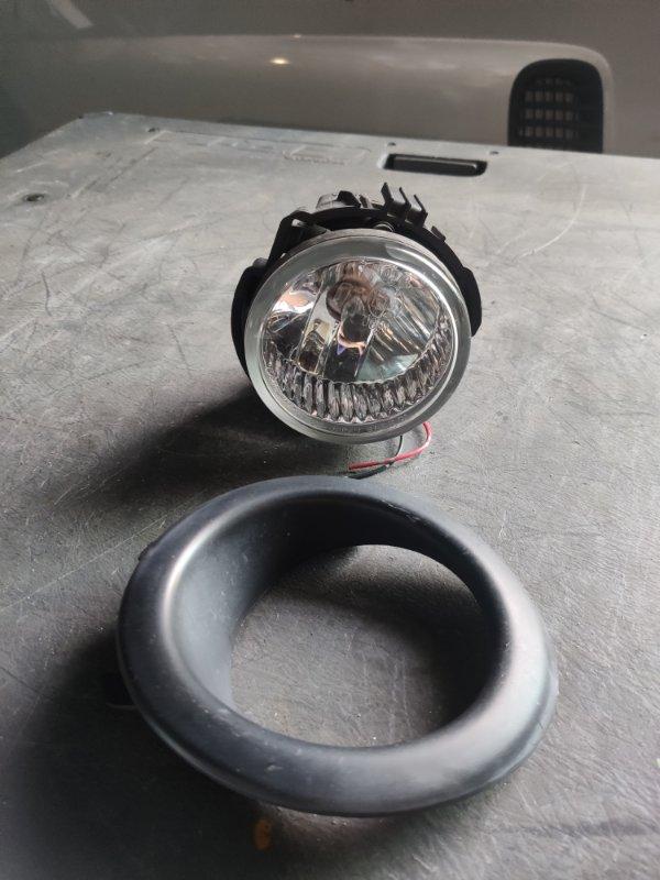 Туманка Subaru R2 RC2 левая (б/у)