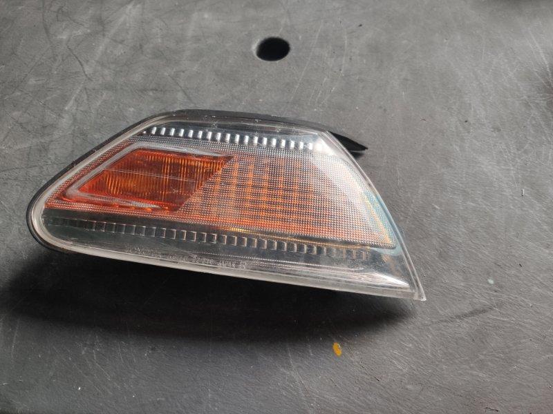 Габарит Toyota Mark Ii GX100 правый (б/у)