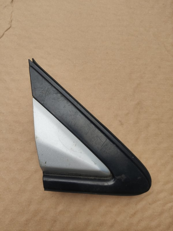 Уголок крыла Toyota Ipsum SXM10 правый (б/у)