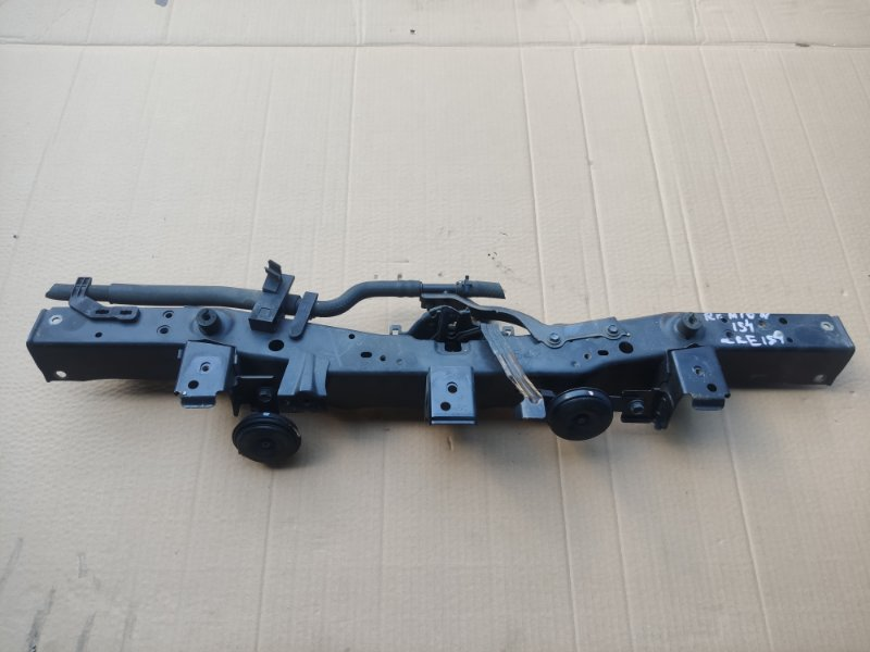 Планка телевизора Toyota Rumion ZRE154 (б/у)