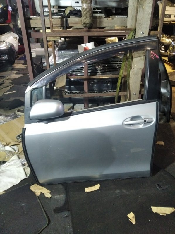 Дверь Toyota Vitz SCP90 передняя левая (б/у)