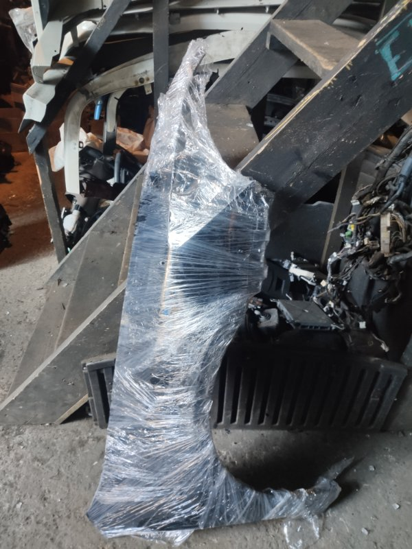 Крыло Honda Inspire UC1 переднее правое (б/у)