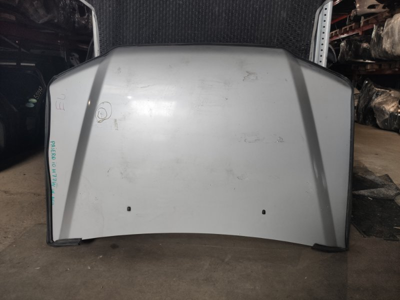 Капот Mitsubishi Pajero Io H77W (б/у)
