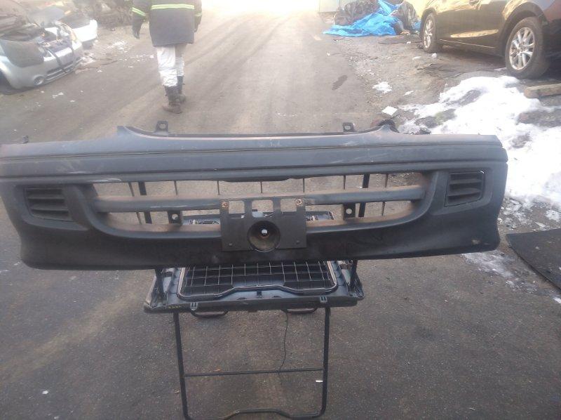 Бампер Toyota Hiace RZH111 передний (б/у)